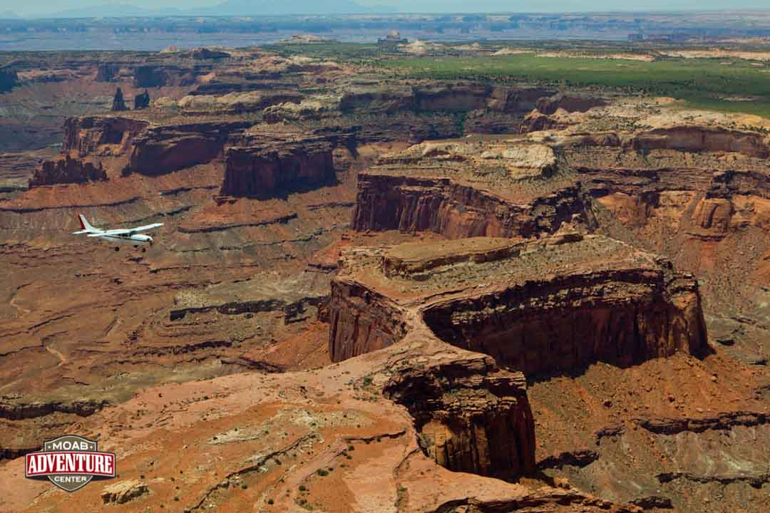 monument vallet arches et canyonlands vus du ciel