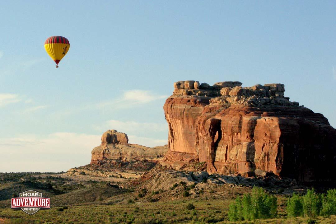 monument valley arches et canyonlands vus du ciel