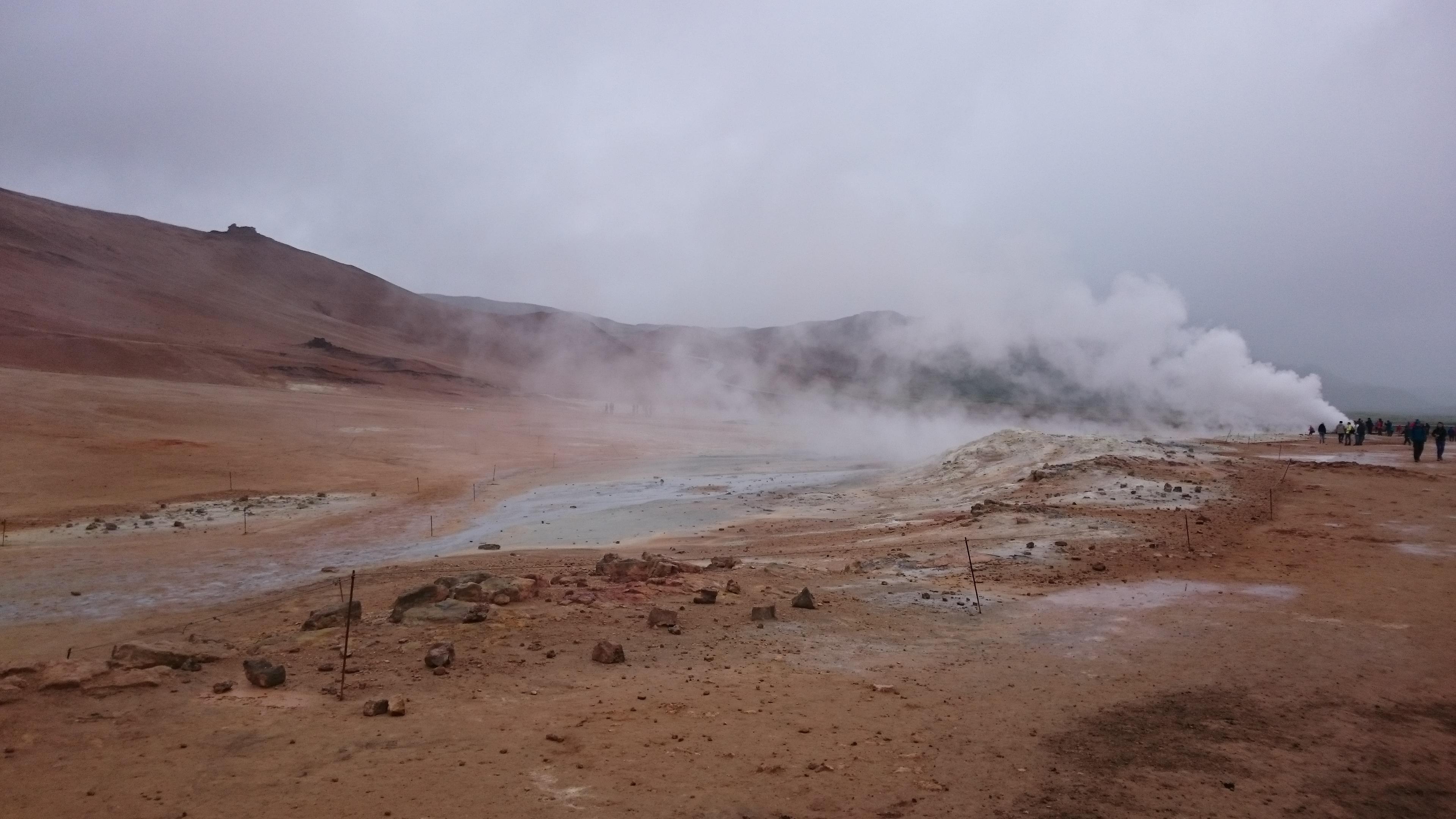 Geyser atypique Islande