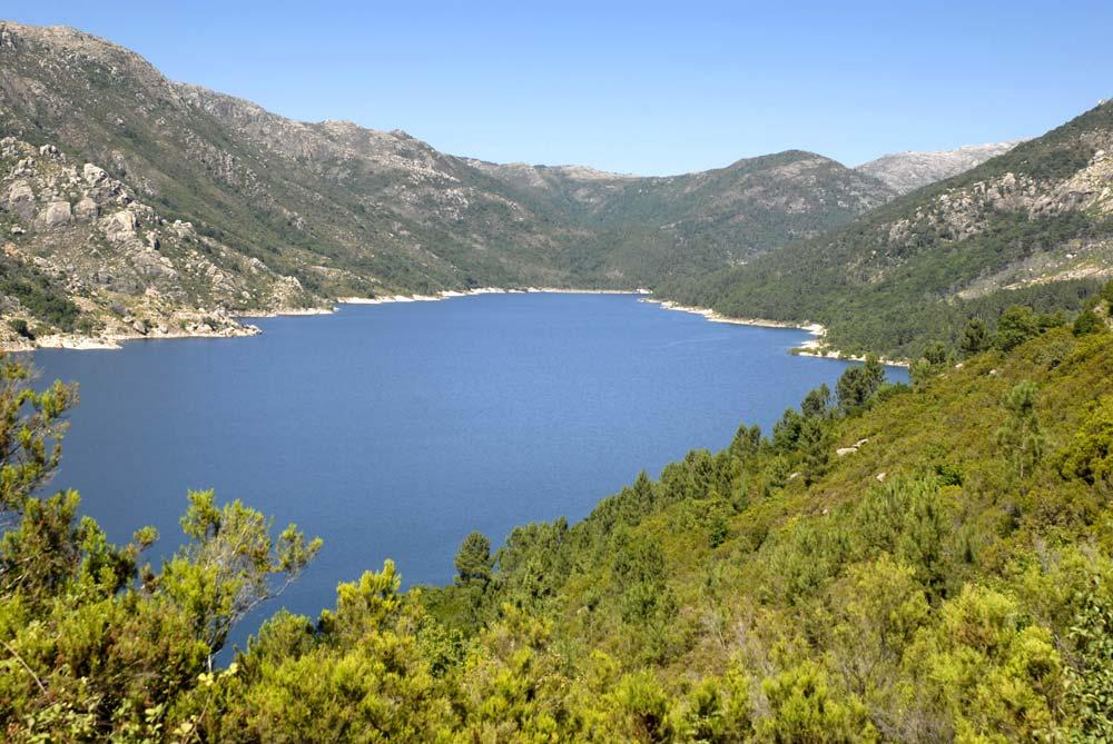 lac panorama
