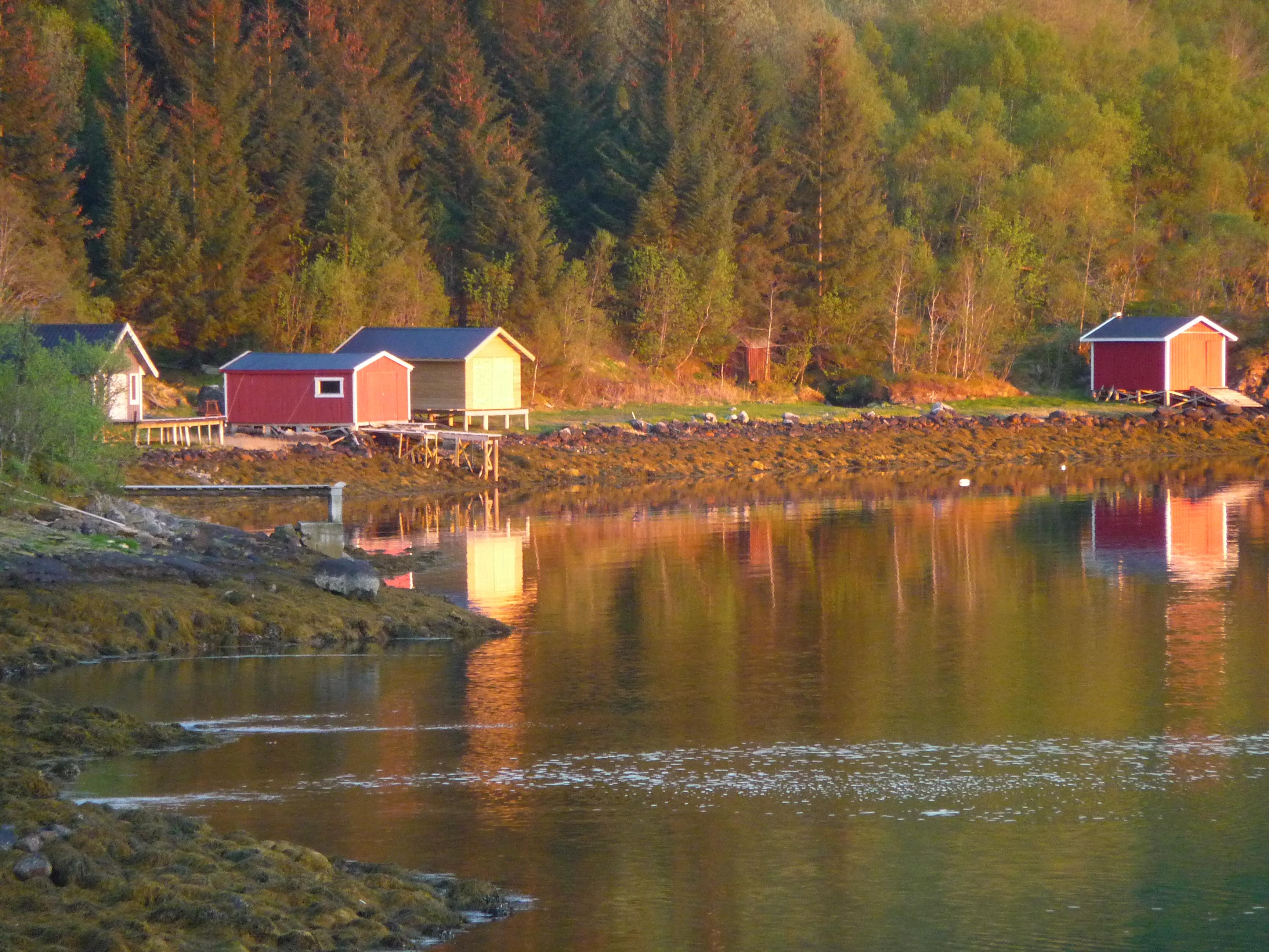 Décor norvégien, route17, camping-car