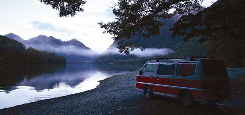 Van_Hippie-Camper-10.jpg