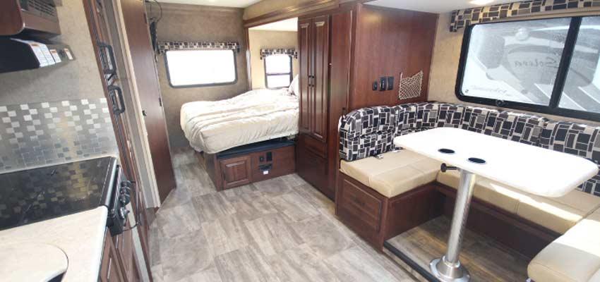 Campingcar_Erable-C24-Mercedes-03.jpg