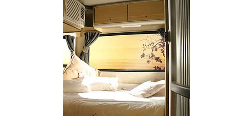 Campingcar_Stallion-5-Berth-04.jpg