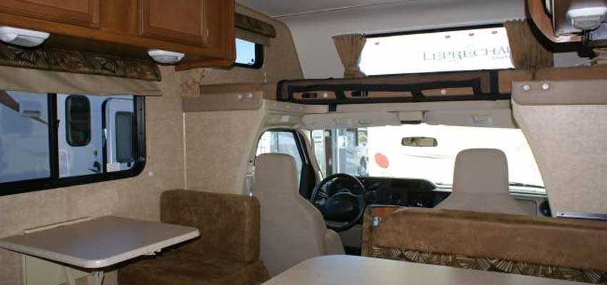 Campingcar_Motorhome-Economy-22-05.jpg
